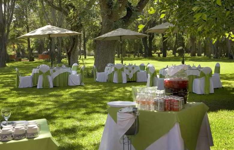 Fiesta Americana Hacienda Galindo - Restaurant - 27