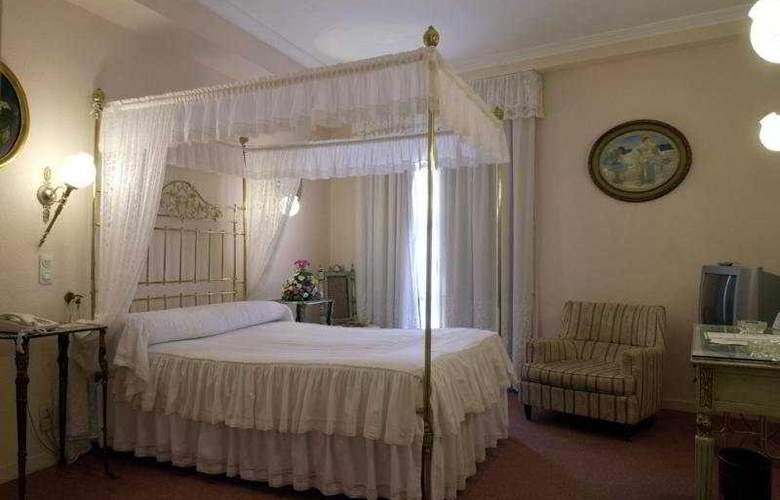 Doña Maria - Room - 0