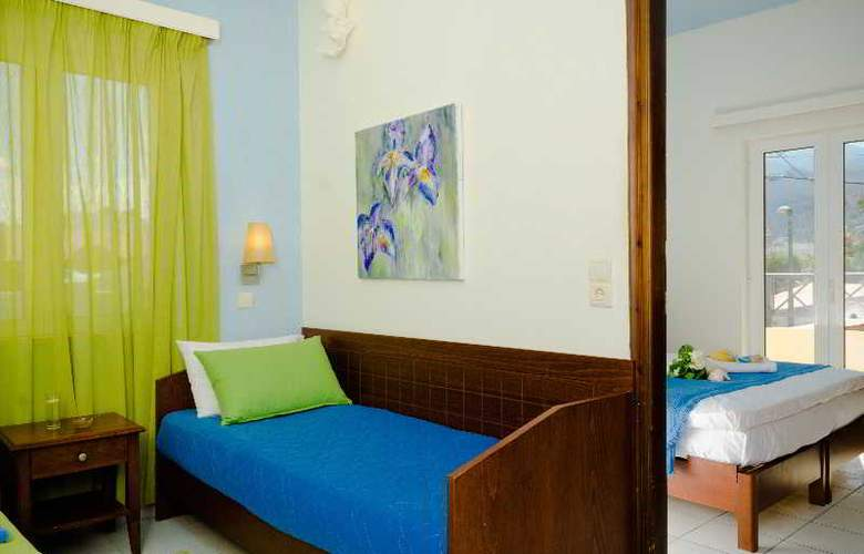 Philoxenia Hotel and Apartments - Room - 11