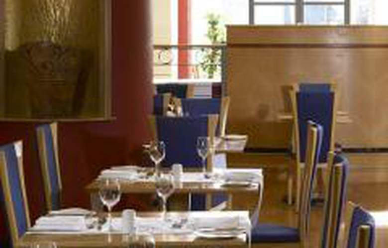 Hilton Dublin - Restaurant - 2