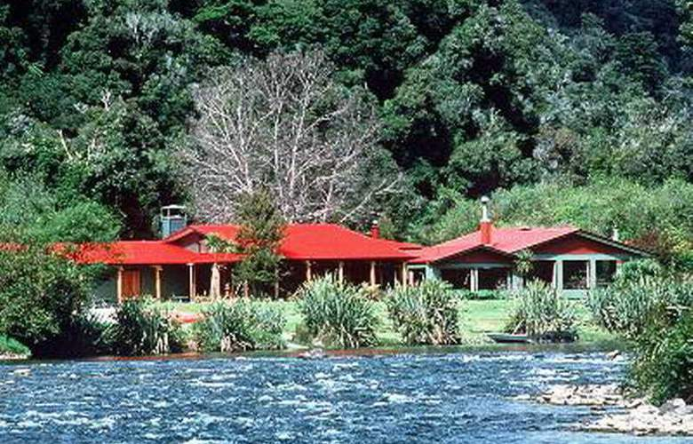 Lake Moeraki Wilderness Lodge - Hotel - 0