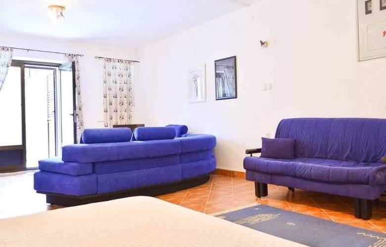 Apartmani Slavica - Room - 11