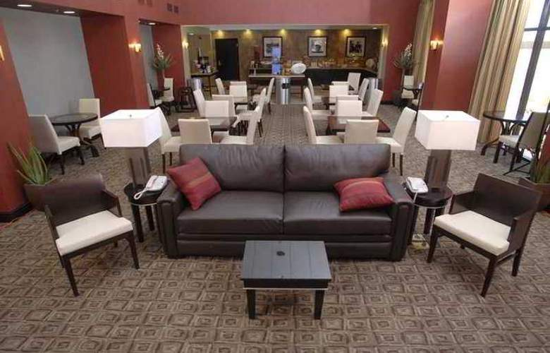 Hampton Inn & Suites Las Vegas South - Hotel - 9