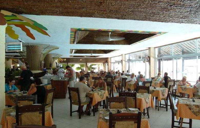 Bamburi Beach Hotel - Restaurant - 6