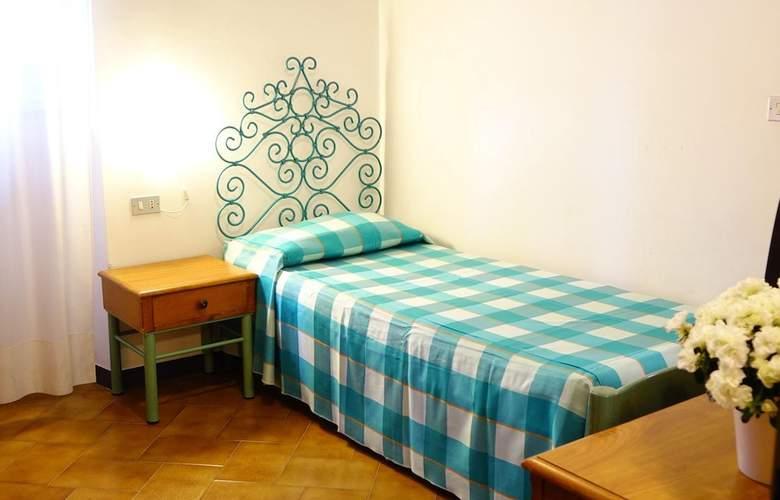 Garibaldi - Room - 2