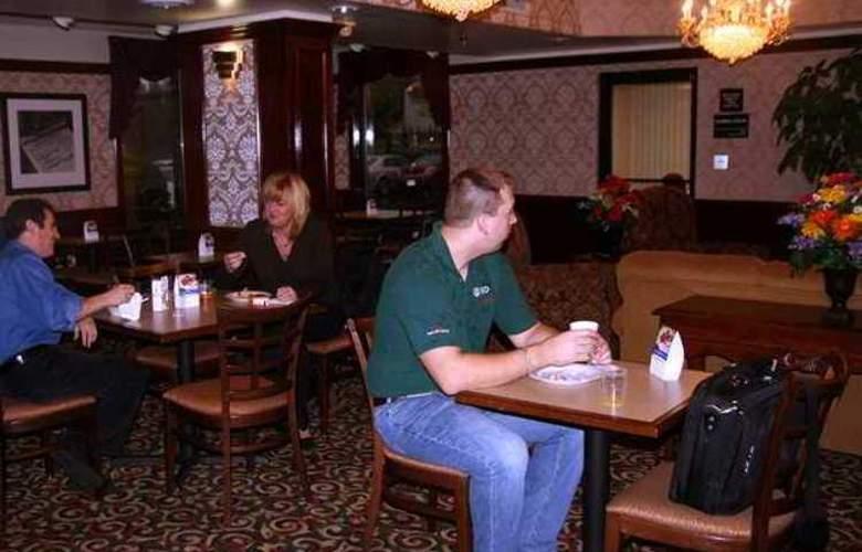 Hampton Inn Sumter - Hotel - 4