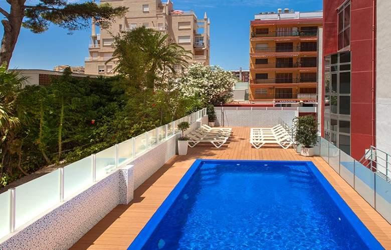 RH Gijón - Pool - 17