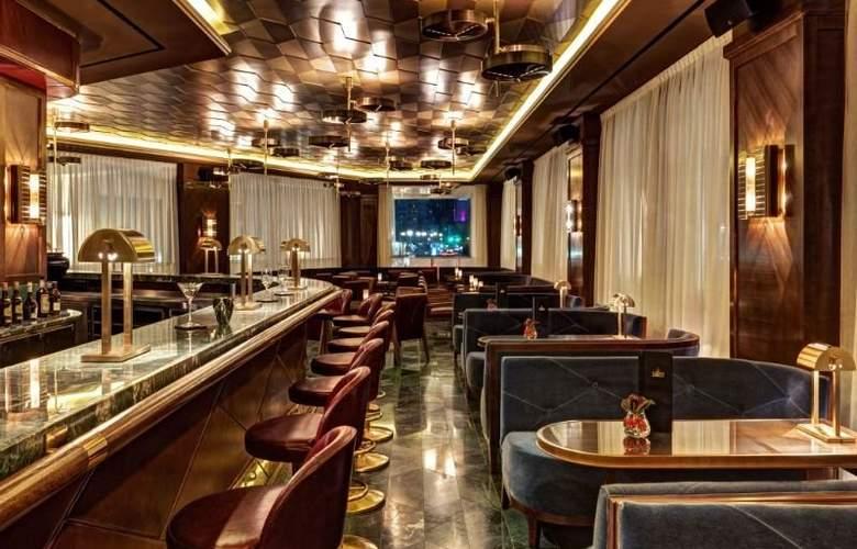 Waldorf Astoria Berlin - Bar - 14