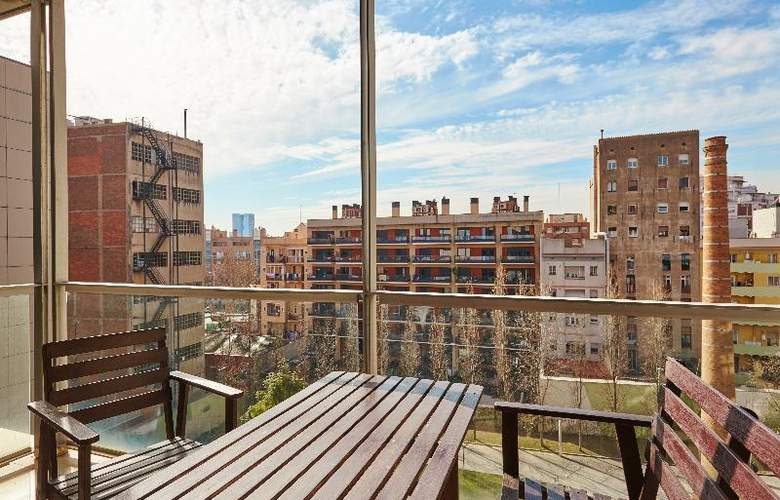 The Lonely Chimney Apartments - Terrace - 15