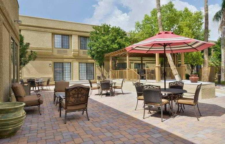 Best Western Tucson Int'l Airport Hotel & Suites - Hotel - 12