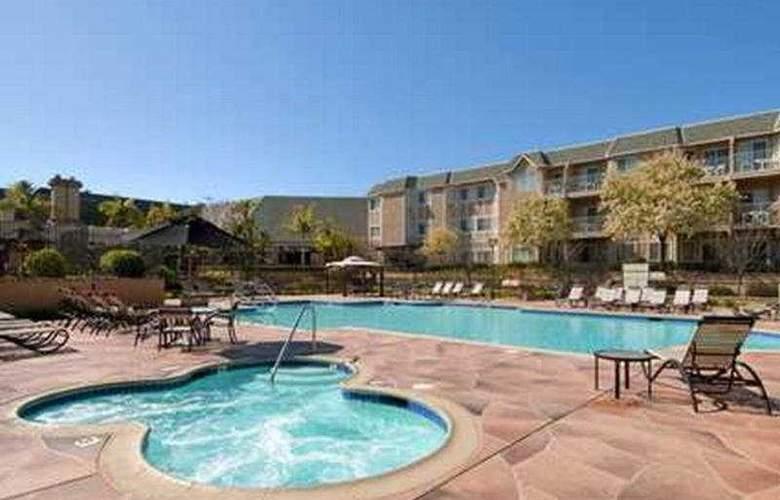 Hilton San Diego del Mar - Pool - 6