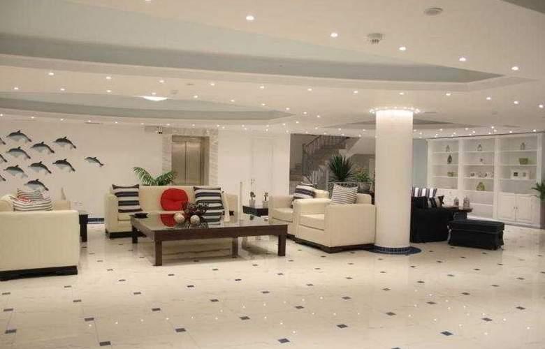 Belvedere Gerakas Lux. Suites - General - 1