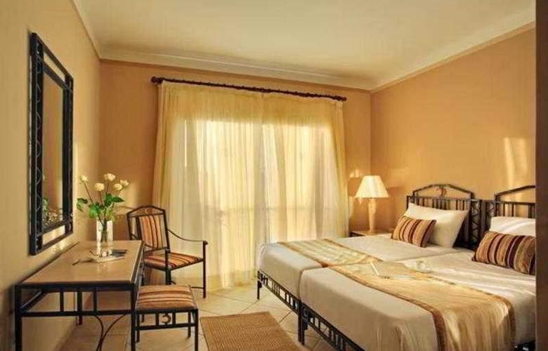 Sol Y Mar Ivory Suites - Room - 2