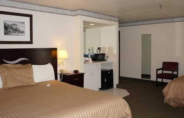 Americas Best Value Inn Oakhurst - Room - 11