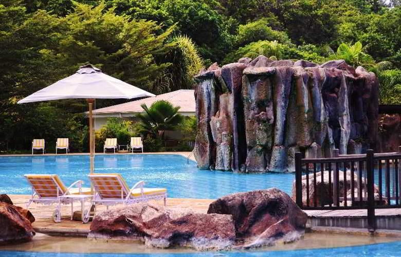 Le Domaine de La Reserve - Pool - 1