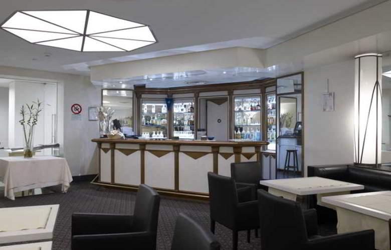 NH Genova Centro - Bar - 12