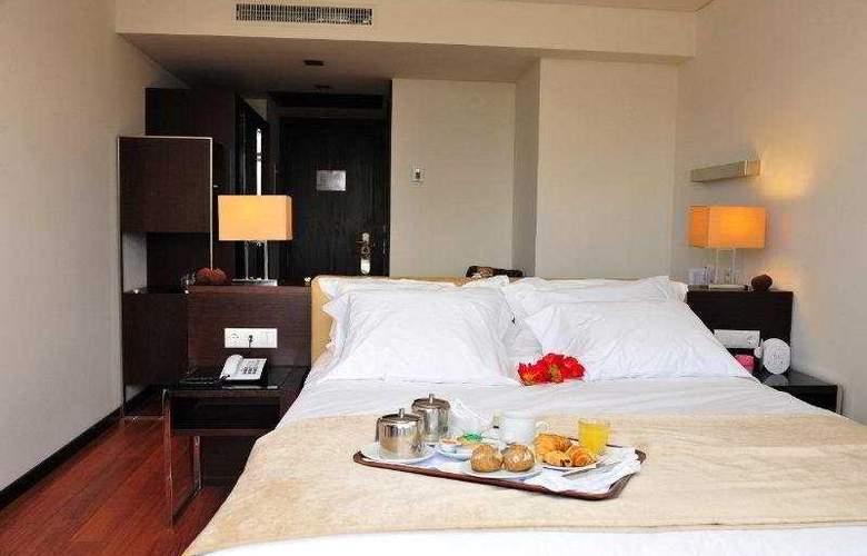 Axis Porto Business & SPA - Room - 9