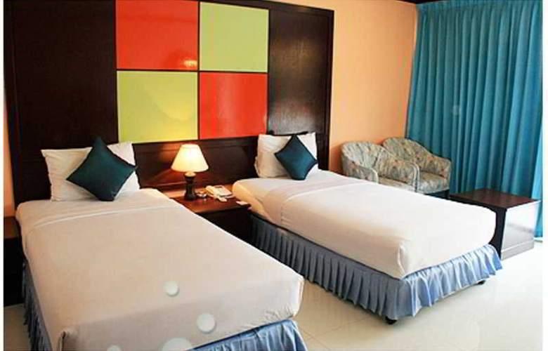 Mike Beach Resort - Room - 0