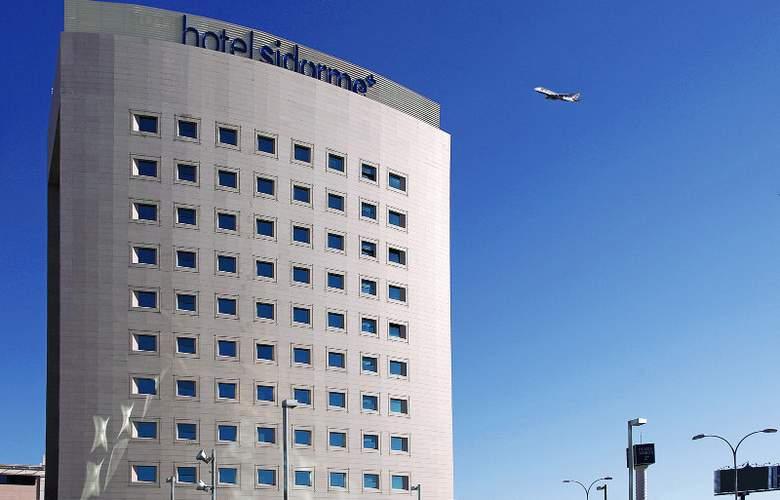 B&B Madrid Aeropuerto T4 - Hotel - 0