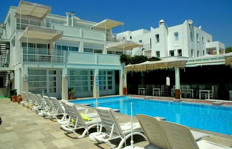 Bodrum Nova Apart Hotel - Pool - 3