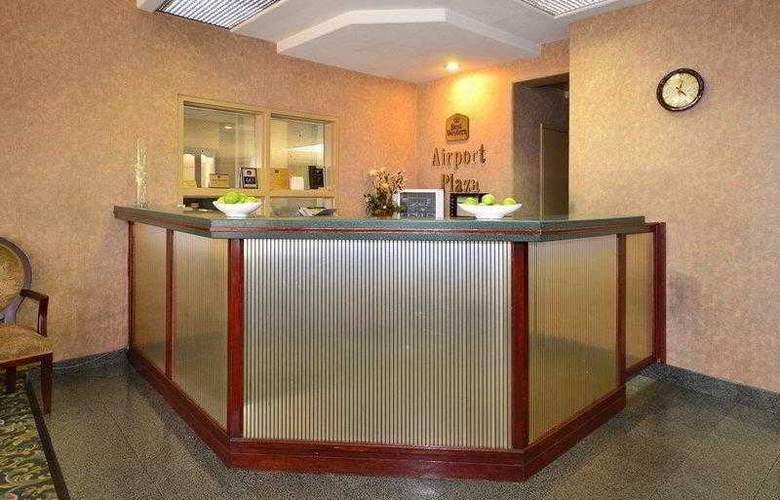 Best Western Airport Plaza Inn - Hotel - 17
