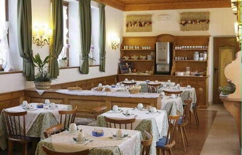 Royal - Restaurant - 7