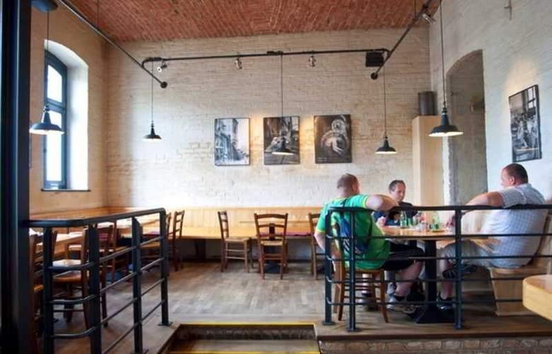 Fabrik - Restaurant - 9