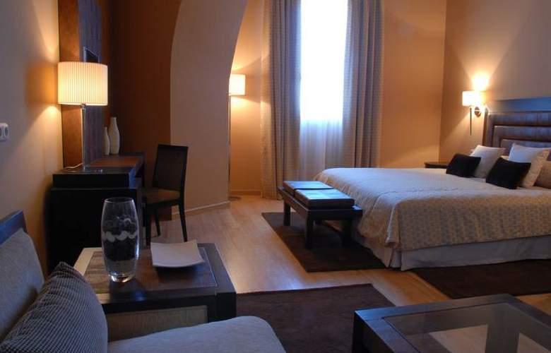 Hospes Palacio de Arenales - Room - 10