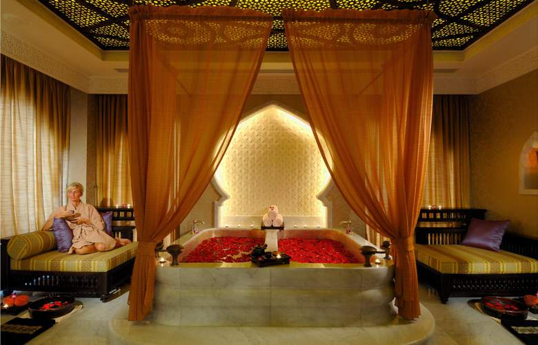 Emirates Palace - Services - 35