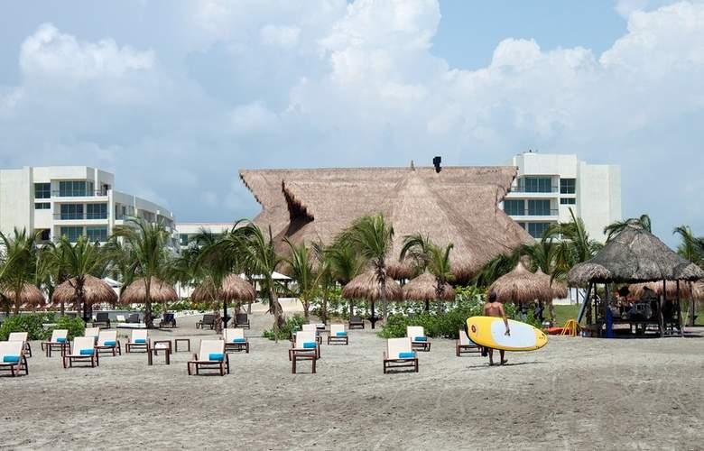 Occidental Cartagena - Beach - 3