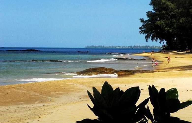 Centara Seaview Resort Khao Lak - Beach - 8