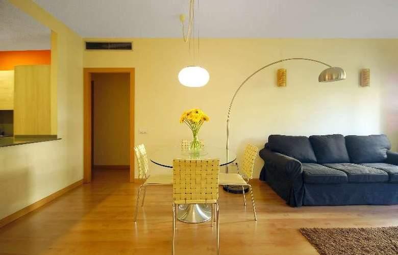 Barcelona Suites - Room - 4