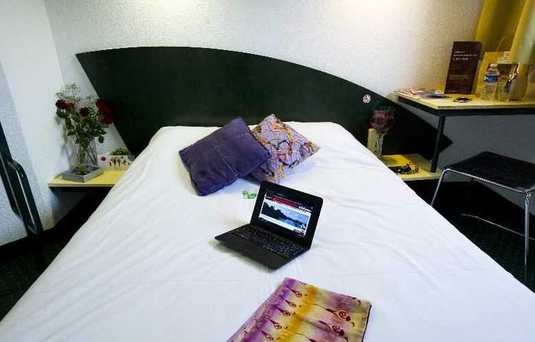 Cerise Auxerre - Room - 11