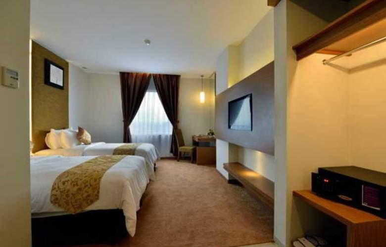 Grand Tjokro Yogyakarta - Room - 10