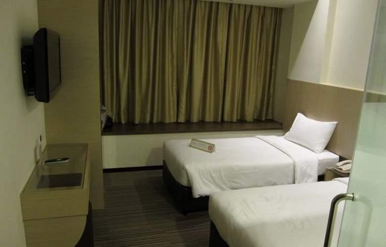 Aqueen Hotel Balestier - Room - 3