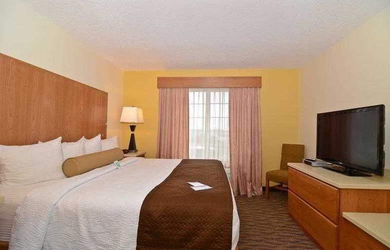Best Western Plus Park Place Inn - Hotel - 17