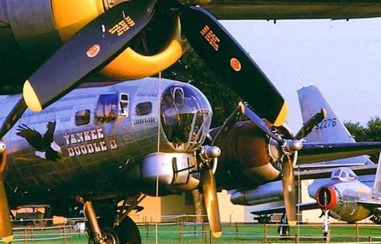 Courtyard Shreveport Airport - Hotel - 10