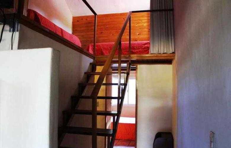 LAS HOYAS - Room - 12
