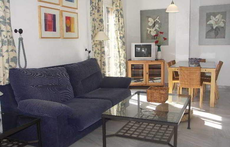 Villas Lual - Room - 1