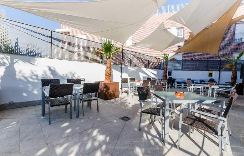 GIT Conquista de Granada - Terrace - 28