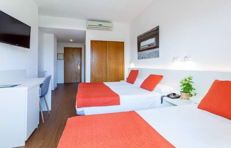 Intur Orange - Room - 11