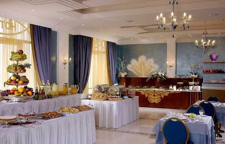 Zanhotel & Meeting Centergross - Restaurant - 10