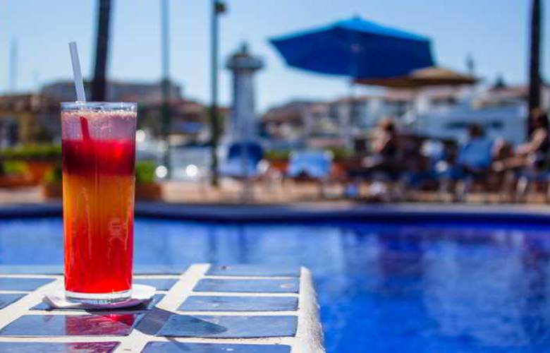Flamingo Vallarta Hotel & Marina - Restaurant - 39