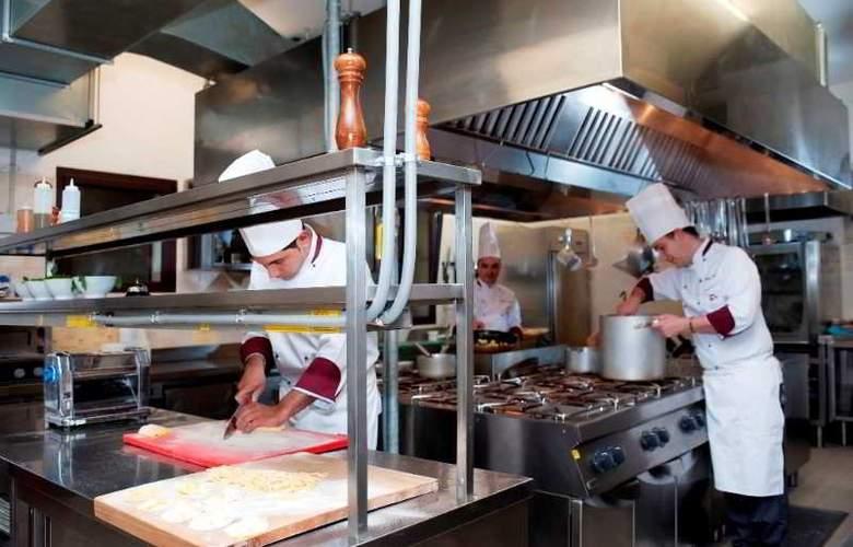 Saturnia Tuscany - Restaurant - 17