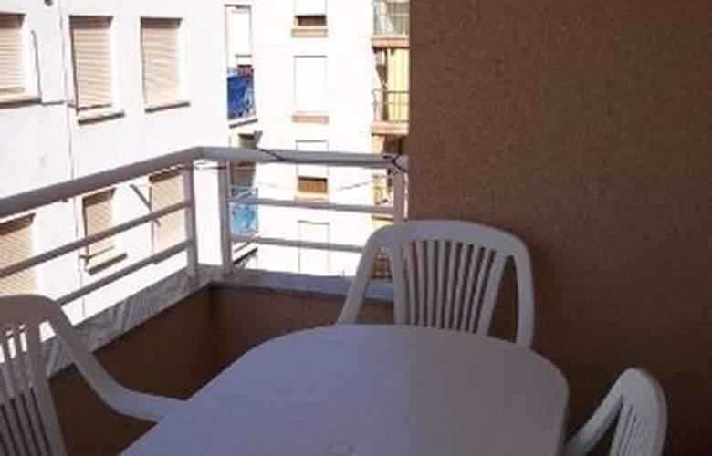 Apartamentos Ferran I - Room - 5