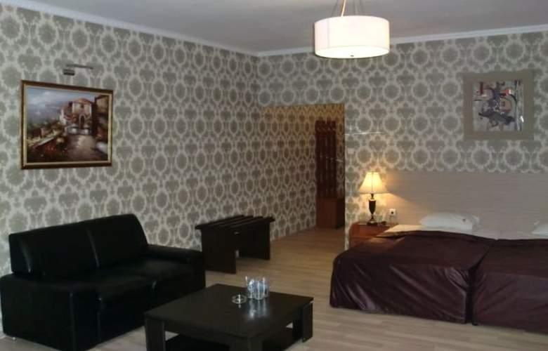 Maxim - Room - 7