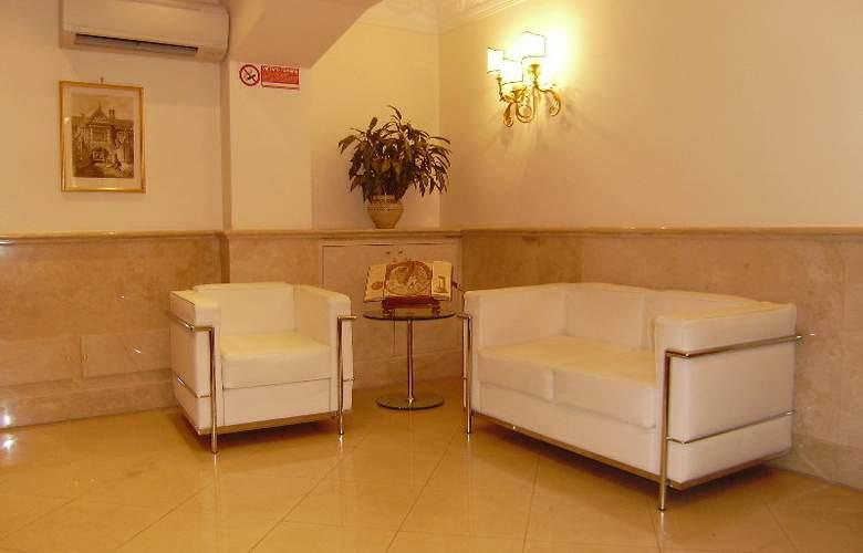 Galileo - Hotel - 0