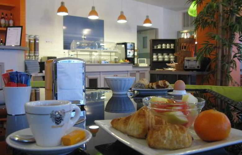 INTER-HOTEL LYON NORD - Restaurant - 14