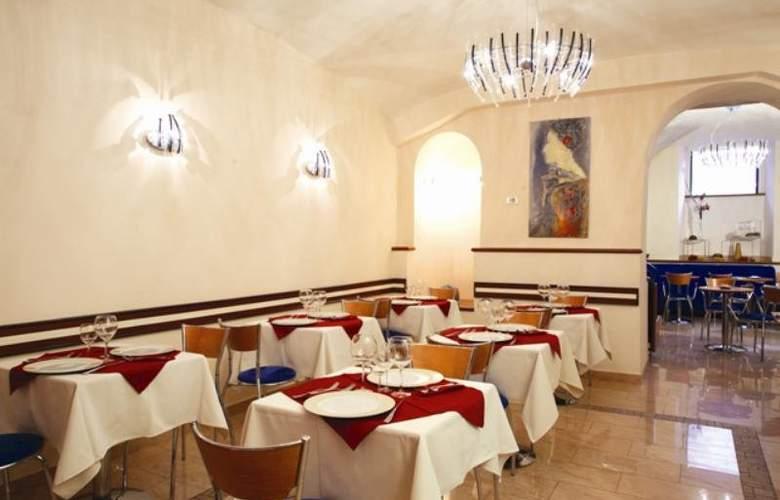 Priscilla - Restaurant - 6