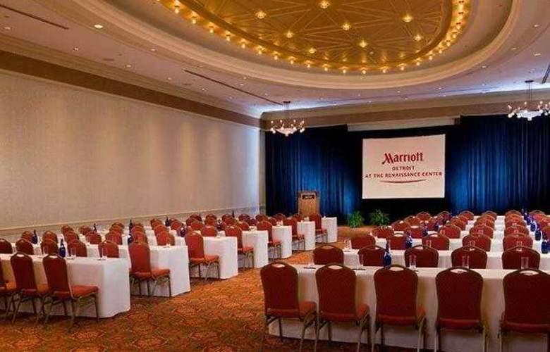 Detroit Marriott at the Renaissance Center - Hotel - 8